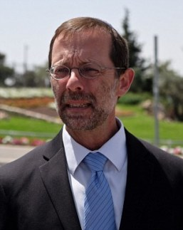 Moshe Feiglin calls for concentration camps in Gaza in his action plan
